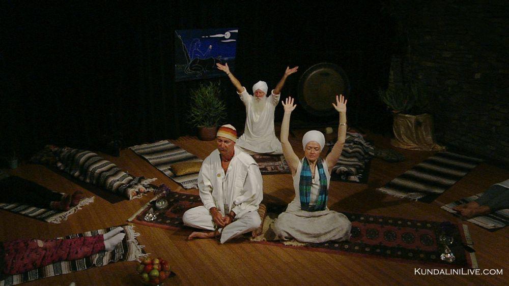 meditation hands up exclamation hare guru waheguru