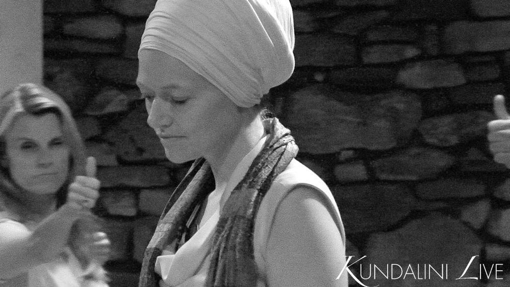 nihal kaur on kundalini live online yoga class